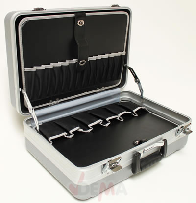valise compartiment e m tal renforc munitions. Black Bedroom Furniture Sets. Home Design Ideas