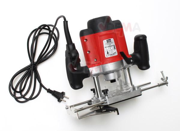 Défonceuse électrique 1200 W + 12 fraises carbure