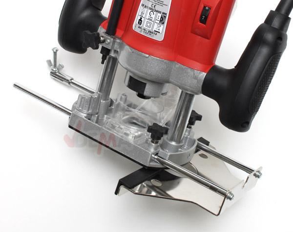 Défonceuse - Fraiseuse électrique 1200 W + 12 fraises carbure