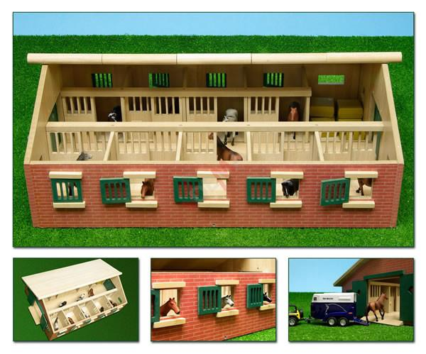 Ecurie 9 boxes en bois - 620 x 425 x 220 mm