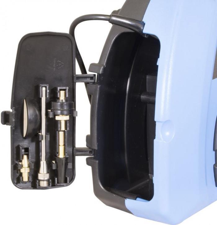 Compresseur portable avec accessoires 11 pièces - 180/08/11