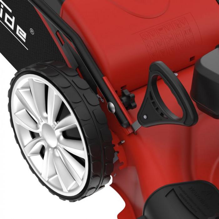 Tondeuse thermique autotractée Big Wheeler 554.2 R Trike